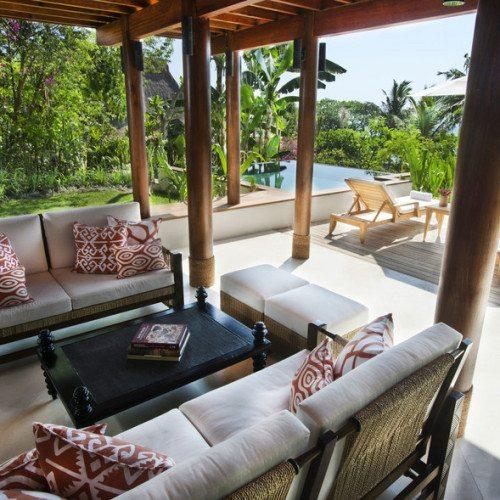 Kanatar Sumba House -Outside Living area
